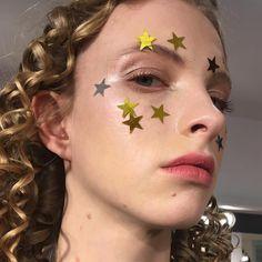 "106 Likes, 1 Comments - Artist Makeup |Paris (@mariannayurkiewicz) on Instagram: ""Marianna Yurkiewicz X Apart X PupaMilano #mariannayurkiewicz #pupamilano #makeup #show"""