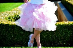 Adorable and fluffy-the way a tutu should look! The directions appear pretty simple. Cutting the tulle will probably take the longest.