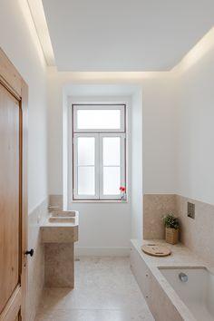 Apartamento Anjos - João Morgado - Fotografia de arquitectura | Architectural Photography Victorian Bathroom, Natural Interior, Country Houses, White Bathroom, Bathroom Inspiration, Home Projects, Tiny House, Architecture Design, Portugal