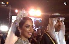 اخبار اليمن الان عاجل - بالصور .. فستان بلقيس يعرضها لموقف محرج