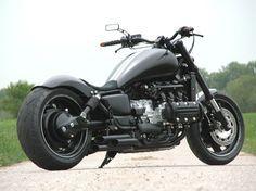 Shared by Motorcycle Fairings - Motocc Goldwing Bobber, Honda Bobber, Honda Motorcycles, Cars And Motorcycles, Motorcycle News, Bobber Motorcycle, Bobber Chopper, Honda Valkyrie, Paint Schemes