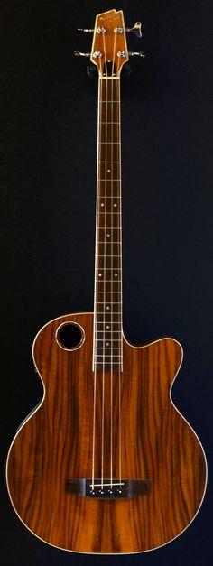 BOULDERCREEK EBR 6 N4 four string acoustic bass (via Bass Direct)