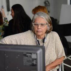 Aos 66 anos, Lúcia Murat reflete papel de idosa em nova onda feminista #Bailarinas, #Beleza, #Brasil, #Cinema, #Filme, #Fotos, #Gente, #Hoje, #Morte, #Mulheres, #NathaliaTimberg, #Novo, #Paris, #Pop, #True http://popzone.tv/2015/12/aos-66-anos-lucia-murat-reflete-papel-de-idosa-em-nova-onda-feminista.html