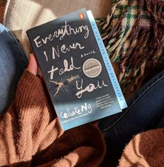 Everything I Never Told You by Celeste Ng 26 Books That People Say Spark Joy For Them Book Club Books, Book Nerd, Book Lists, My Books, I Love Reading, Love Book, Sanji One Piece, Leadership, Book Aesthetic