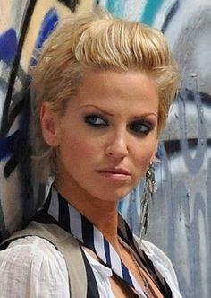 Pictures Celebrity Short Hair Styles Sarah Harding Design 358x504 Pixel