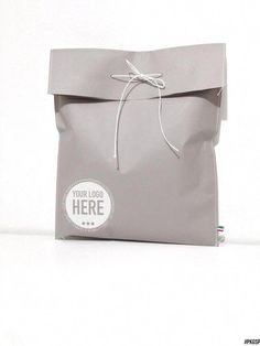 Find gift should wrap, surprise luggage, token of appreciation keyword phrases, flags possible situation you have to keep almost everything organized Clothing Packaging, Shirt Packaging, Fashion Packaging, Tea Packaging, Jewelry Packaging, Brand Packaging, Packaging Ideas, Ecommerce Packaging, Branding