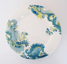 Green jacobean dinner plate by victoriamaedesigns on Etsy, £12.00