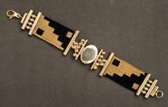 Golden & black macrame bracelet with gemstone, colour block macrame bracelet Thread Jewellery, Textile Jewelry, Macrame Jewelry, Fabric Jewelry, Macrame Bracelets, Bohemian Jewelry, Metal Jewelry, Jewelry Art, Jewelry Design