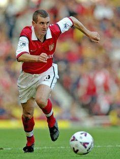 NIGEL WINTERBURN DAL 1987 AL 2000 ha giocato con l'Arsenal 440 gare e 8 gol in campionato solo 2 gare in nazionale dove era chiuso da Stuart Pearce