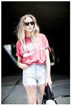 Shop this look on Kaleidoscope (shirt, shorts, sunglasses)  http://kalei.do/WFUZ83paXDRaDdYB