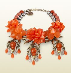 necklace with coral flowers motif