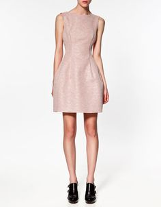 Spring Date Outfit: A tulip dress is an uber pretty option for a spring date night!
