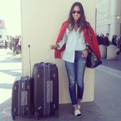 song of style Song Of Style, My Style, Flight Outfit, Travel Chic, Travel Style, Boat Fashion, Airport Style, Casual Street Style, Autumn Winter Fashion