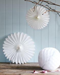 Paper fans - the original pop up shop