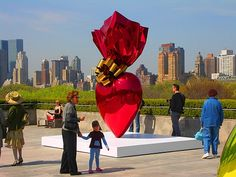 A chocolate heart wrapped in shiny red, by Jeff Koons - Cantor roof Garden of the Metropolitan Museum of Art