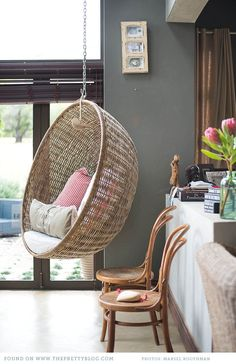 streetofsoulangels: (via home {living room} / Hanging chair My New Room, My Room, Chair Photography, Living Spaces, Living Room, Swinging Chair, Chair Swing, Interior Exterior, Modern Interior