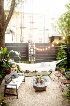 20 Epic Backyard Lighting Ideas to Inspire your Patio Makeover | DIY Outdoor Design Inspiration | String Bistro lights