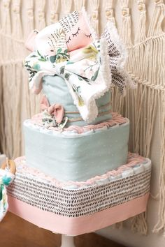 Floral diaper cake baby girl square diaper cake or shower Diaper Cake Boy, Cake Baby, Baby Shower Signs, Baby Boy Shower, Baby Showers, Baby Shower Brunch, Baby Shower Cakes, Shower Centerpieces, Baby Shower Decorations
