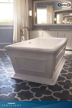 Is your tub making a statement? Freestanding tubs are what's trending! Whether you're building from scratch or remodeling your bathroom, we have the perfect option for you. Why not start with the new Siena™ Freestanding Bathtub by @JacuzziOfficial?