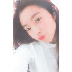 South Korean Girls, Korean Girl Groups, K Pop, Redvelvet Kpop, Red Velvet Irene, Great Women, Beautiful Gorgeous, Daegu, Woman Crush