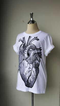 Unisex Tshirt / Heart Anatomy on White Tshirt cotton by Tshirt99