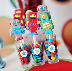Modern Robot Birthday Party + Free Printables