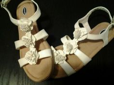 Dr-SCHOLLS-WOMENS-SANDALS-Flip-Flops-Flats-SZ-9-5-CREAM-FLOWERS-LEATHER-INSOLE