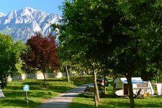Camping La Viorna. El Camping La Viorna está situado a 1 Km. de Potes, en el centro de Liébana y en la carretera que sube al Monasterio de Santo Toribio