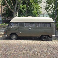 Mercedes-Benz 207D / Hanomag F20 Classic Camper Van | Thanks for spotting @wolfgans   #mercedes #mercedesbenz #benz #MB #MB207 #207D #hanomag #hanomagF20 #mercedescamper #vanlife #van #soloparking #vansofinstagram #igersberlin #ig_berlin #adventuremobile #vanlifers #homeiswhereyouparkit #campervan #vanlove #vanfan #Berlin #vansofberlin Mercedes Camper, Mercedes Benz Vans, Vw Camper, Vw Bus, Volkswagen, Vw Lt 28, Classic Campers, Old Trucks, Campervan