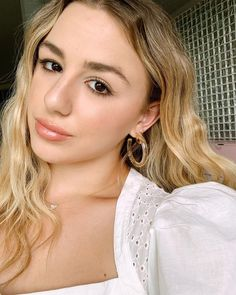 No one ever accused me of having a nice resting face 🤪 Dance Moms Chloe, Dance Moms Girls, Drive Thru Movie, Looks Quotes, Vibe Magazine, Beauty Water, Chloe Lukasiak, Celebrity Look