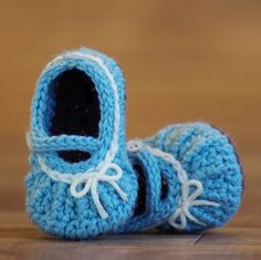 Crochet Pattern Too Cute  Mary Jane with easy by TwoGirlsPatterns, $5.50