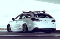 Mazda Atenza estate