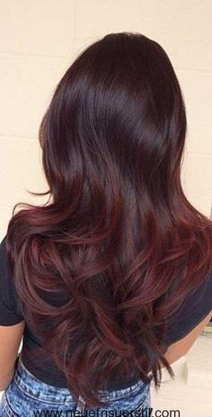 6.Dunkle Haare Rot