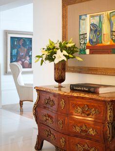 Hoje tenho a honra de apresentar a vocês, esse que para mim é um dos maiores arquitetos e Designer interiores do Brasil. Roberto Migotto! Seus trabalhos estão publicados nas melhores revistas do ra…