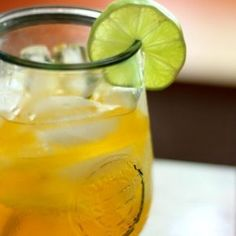Low carb Caribbean Rum Punch has less than 1 carb in every serving. Pineapple, coconut, orange, tangerine, and lime flavors combine with 2 kinds of rum.