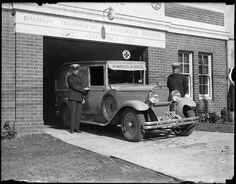 Ambulance and officers outside the Balmain, mDrummoyne and Five Dock Branch of the Central District Ambulance in the 1930s. •Museum of Applied Arts and Sciences•