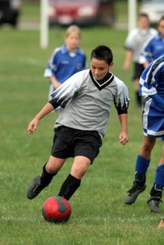 Young teens who play sports feel healthier and happier about life