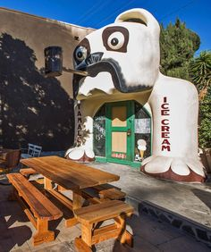 Dogged persistence: The same folks who restored L.A.'s last barrel-shaped building also carted this Bulldog Cafe over to the patio.