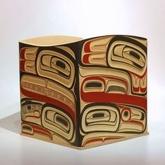 Douglas Zilkie Raven and Whale bentwood box.