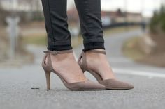 Pointed toe suede heels with elegant ankle straps | Cadena in Portobello | Sole Society