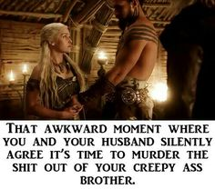 That Awkward Moment: Game of Thrones Version. LOL check out the photo gallery. Arte Game Of Thrones, Game Of Thrones Funny, Game Of Throne Lustig, My Champion, Got Memes, My Sun And Stars, Bubbline, Lol, Winter Is Here