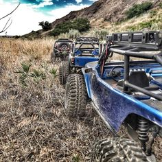 One of my favorite ways to relax  #KrawlZoneRC #rc4wd #axial #axialracing #axialadventures #axialwraith #wraith #rc #rcscale #jeep #jeeprubicon #rubicon #kingofthehammers #vanquishproducts #methodracewheels #rigidindustries #darkmtnphoto #offroad #offroadracing #poisonspyder #4x4 #rockracer #crawler #caseycurrie #atees #asiatees #asiateeshobbies #rcneverstops