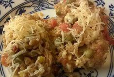 Pikantní bezmasé rizoto se sýrem Cabbage, Grains, Vegetables, Food, Red Peppers, Essen, Cabbages, Vegetable Recipes, Meals