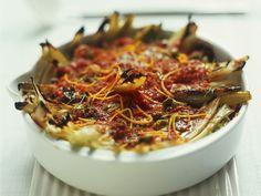 Fenchel-Tomaten-Auflauf mit Oliven und Orangenabrieb | http://eatsmarter.de/rezepte/fenchel-tomaten-auflauf-mit-oliven-und-orangenabrieb