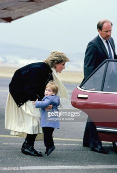 diana-princess-of-wales-arrives-with-her-son-prince-harry-at-aberdeen-picture-id181211603 (403×594)
