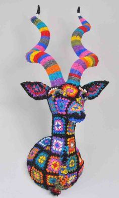 This will be my next crochet project !!!!!!! granny's such a deer! crochet 'trophy' by South African designer Magda van der Vloed