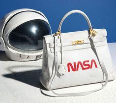 b34c4cf428667c Un incroyable sac Kelly d Hermès par l artiste Tom Sachs mis aux enchères