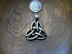 Celtic Knot Trinity Pendant, Hand Cast Pewter CELTIC Pendant, Gaelic Jewellery Making, Jewelry Supplies, God Knot, Trinity Knot, Irish Charm