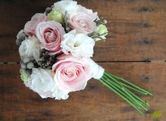 lisianthus, rose and silver brunia berries bouquet Boquette Wedding, Wedding Flowers, Dream Wedding, Wedding Dreams, Wedding Stuff, Floral Invitation, Floral Wedding Invitations, Pink Flower Arrangements, Blush Bouquet