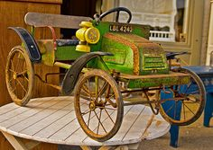 *OLD PEDAL CAR